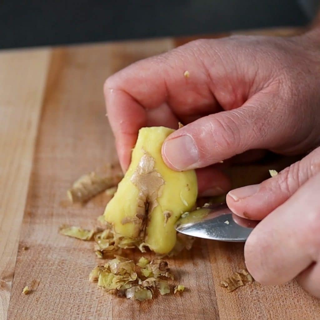 old spoon to peel ginger