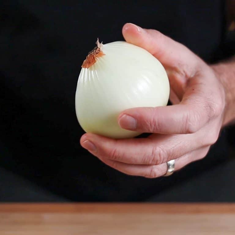 How To Peel an Onion
