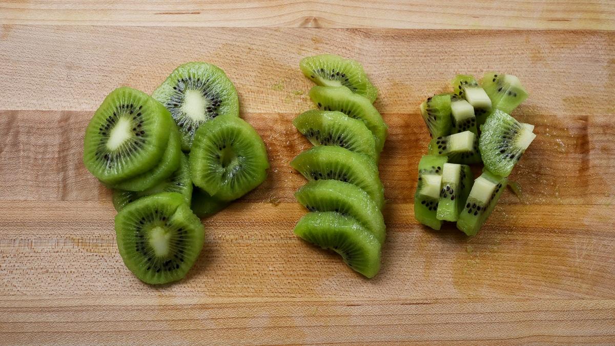 Kiwi fruit cut into pieces