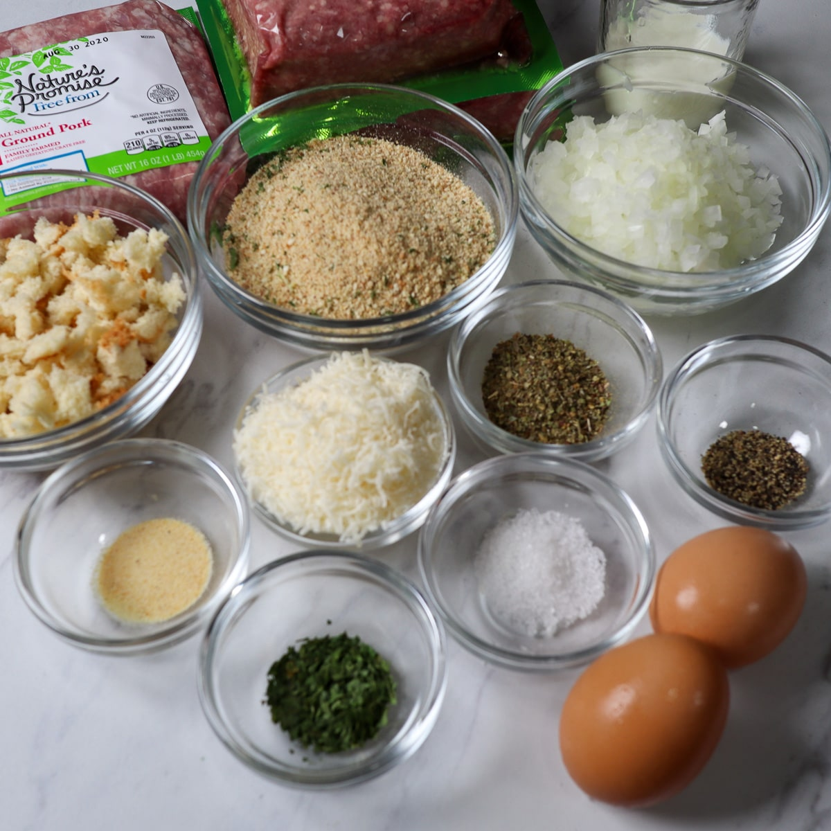 ingredients for the meatballs