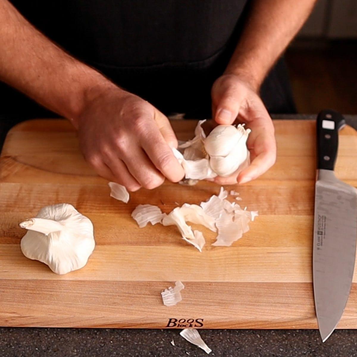 seperating garlic cloves