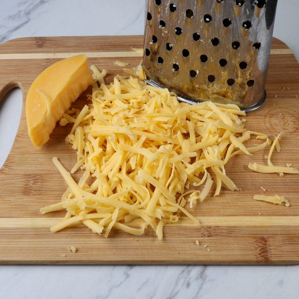 grating cheddar cheese