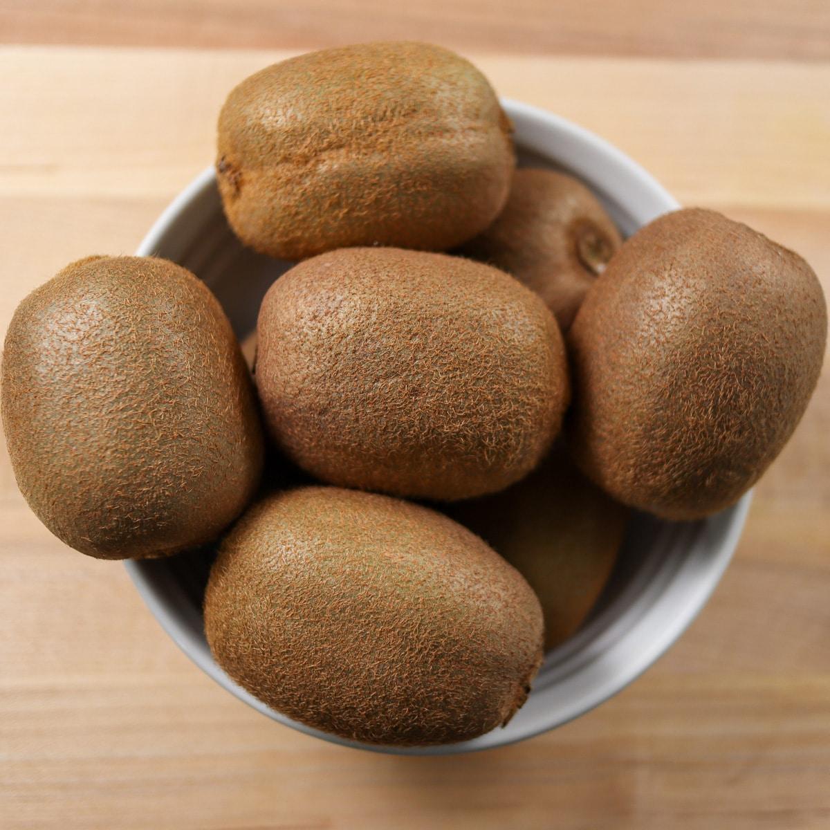 kiwi in a bowl