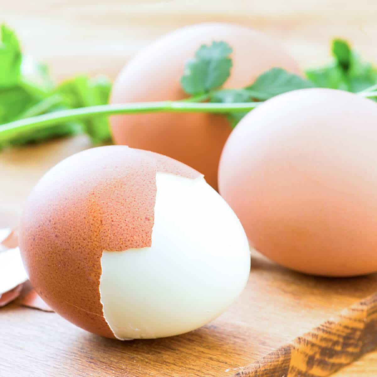 how to tell if an egg is boiled